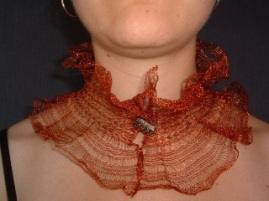 Fuller orange collar