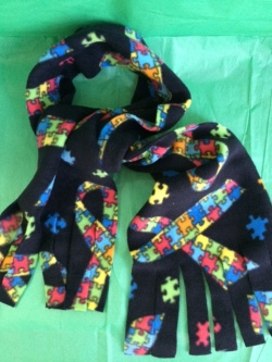 autism-awareness-scarf-black-3
